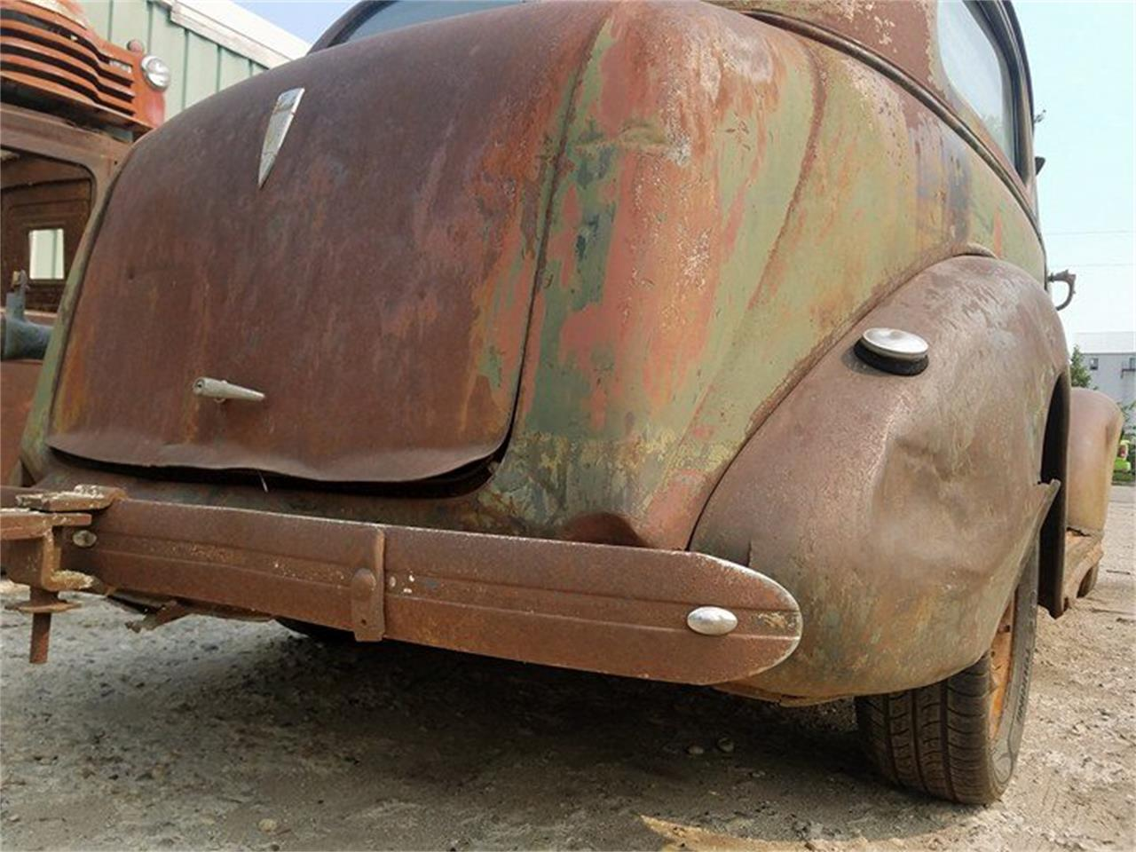 Large Picture of Classic 1938 Sedan located in Thief River Falls Minnesota - $3,000.00 - LSFW