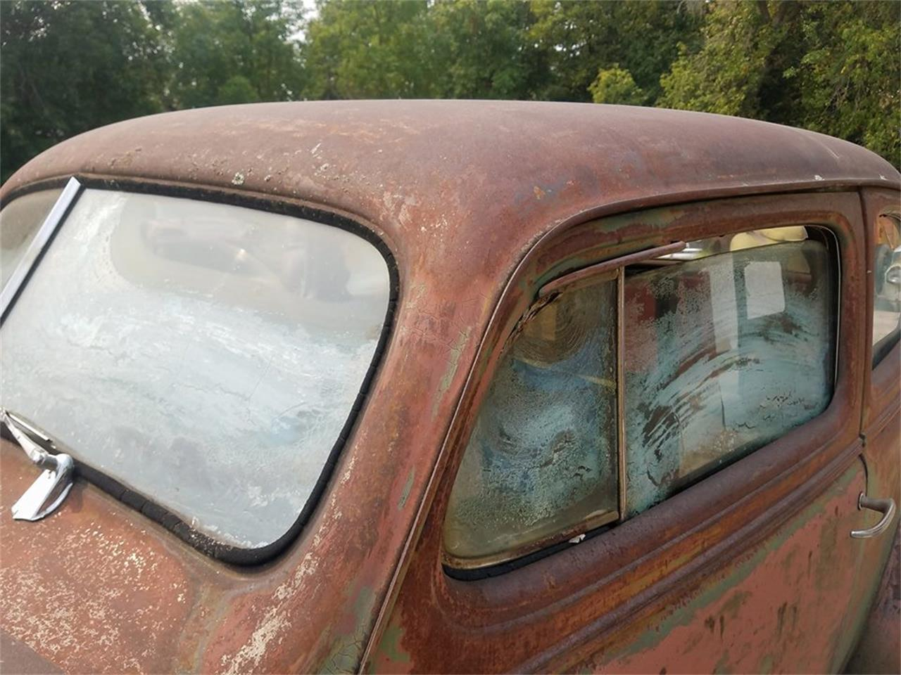 Large Picture of Classic '38 Chevrolet Sedan located in Thief River Falls Minnesota - LSFW