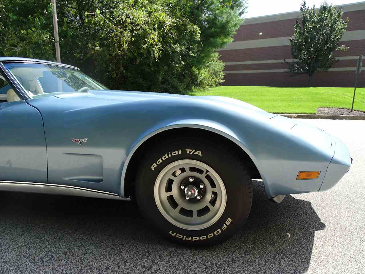 Large Picture of '77 Corvette - LSH3
