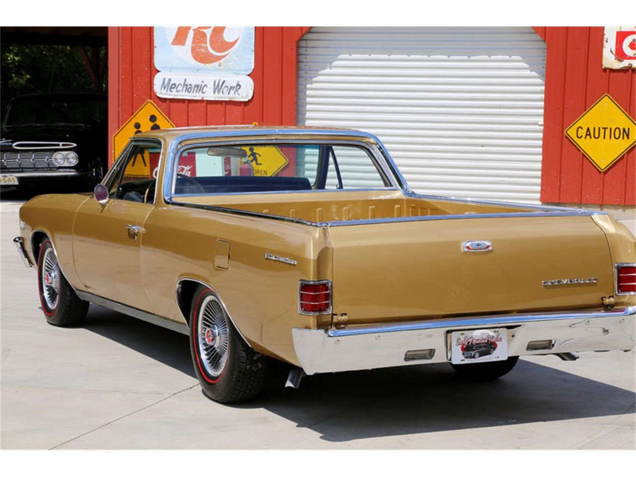 Large Picture of Classic 1967 Chevrolet El Camino Offered by Smoky Mountain Traders - LSHE