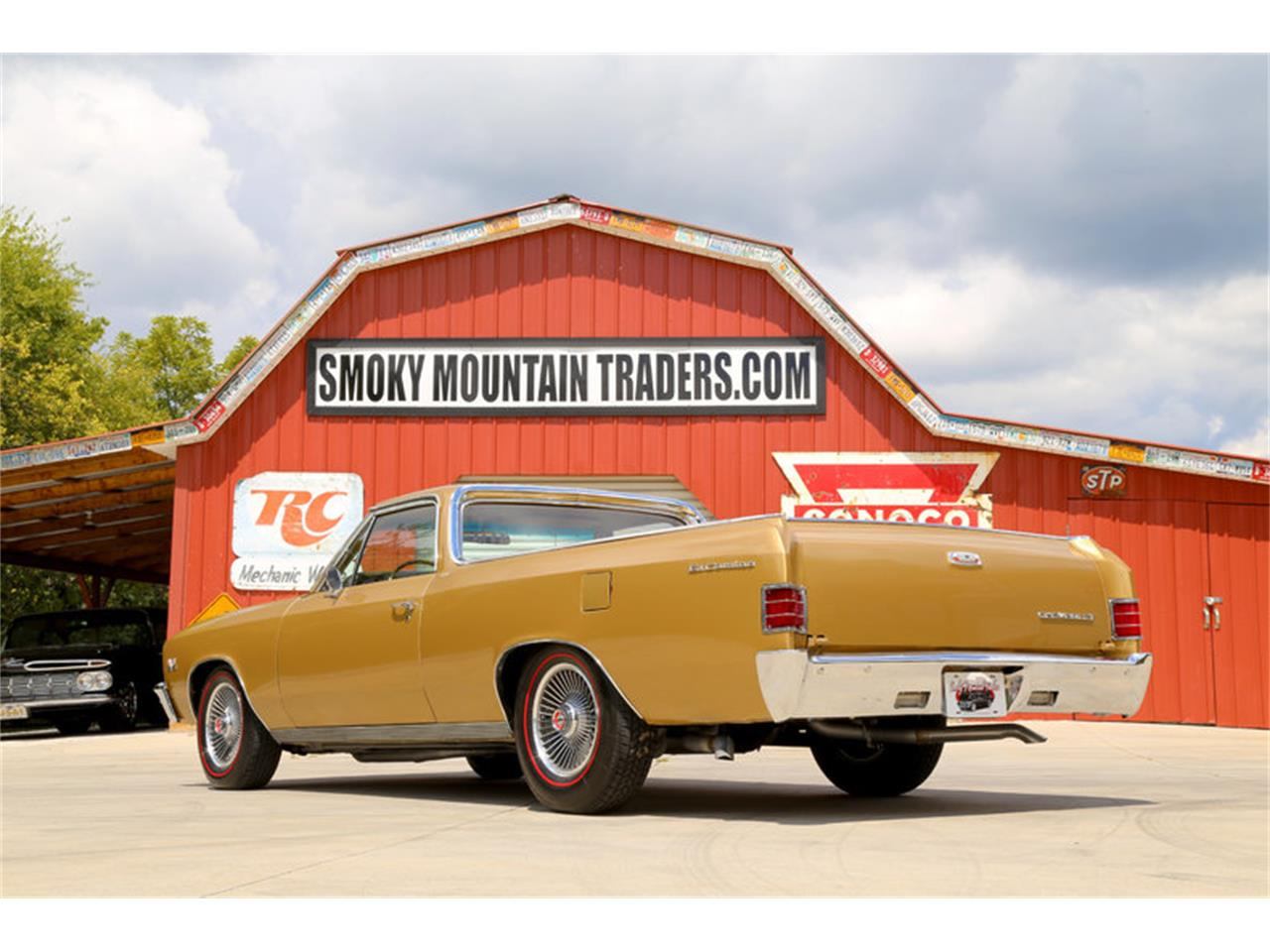Large Picture of Classic 1967 El Camino Offered by Smoky Mountain Traders - LSHE