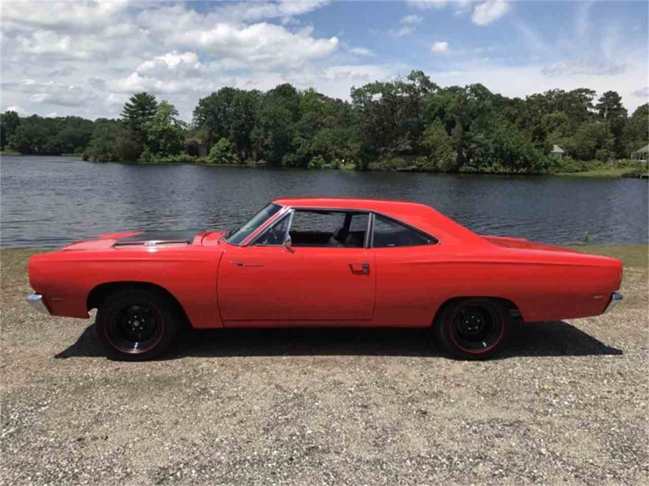 Large Picture of '69 Road Runner - LSII