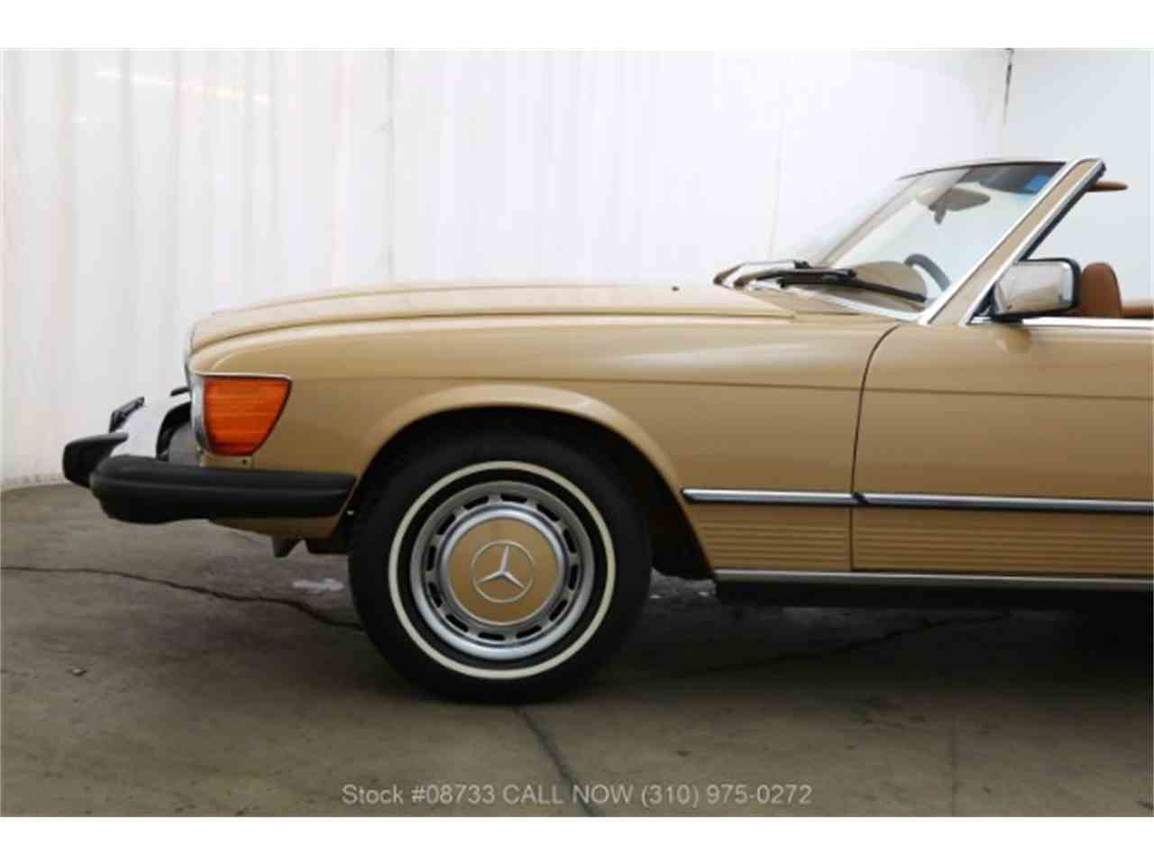Large Picture of '76 450SL located in Beverly Hills California Offered by Beverly Hills Car Club - LSJ8