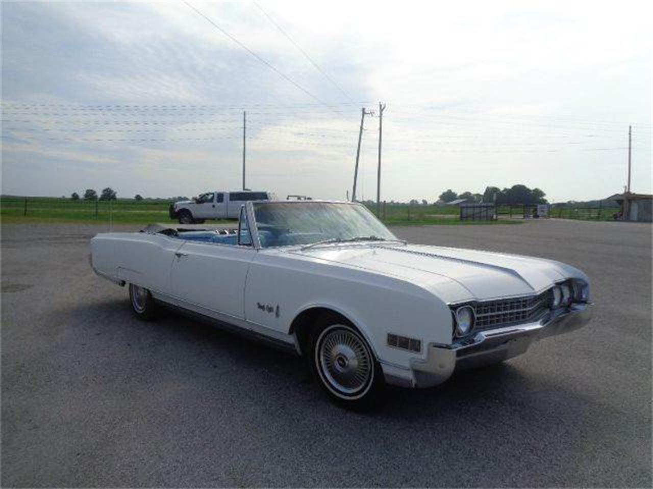 Large Picture of '66 Oldsmobile 98 located in Staunton Illinois - LSJI