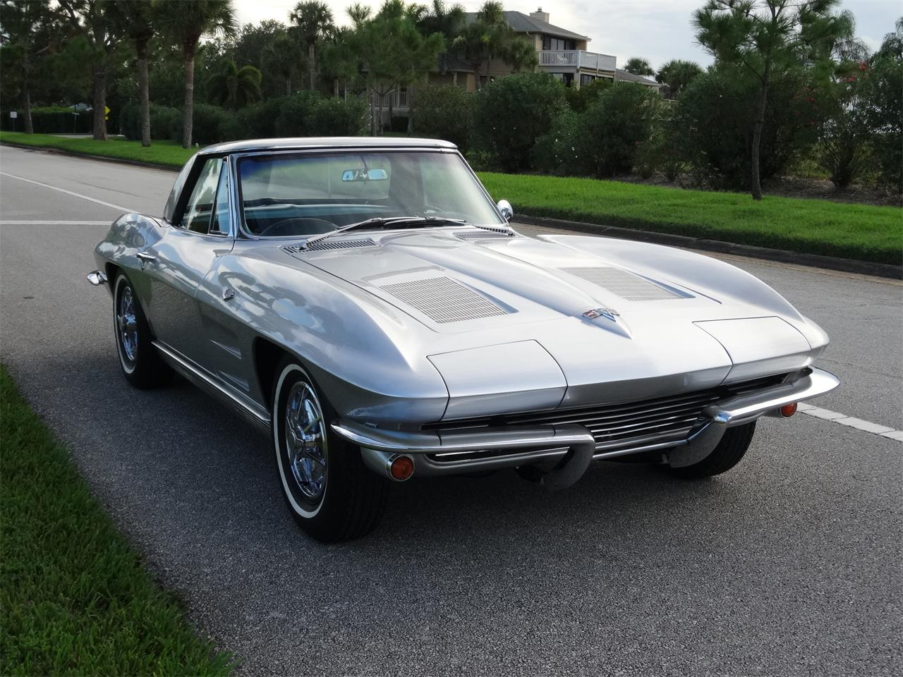 Large Picture of '63 Corvette - LSN0