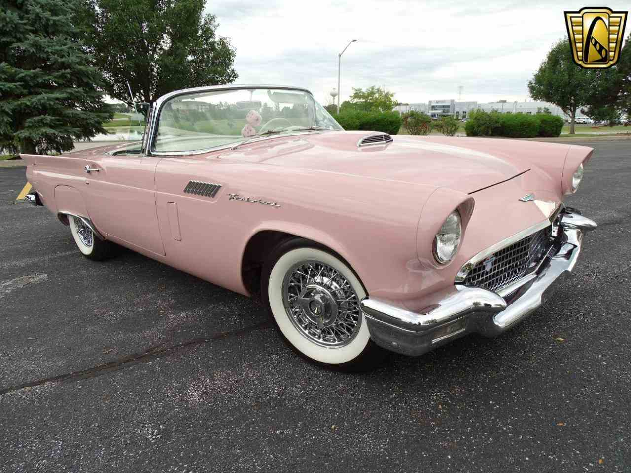 Large Picture of '57 Thunderbird - LSNK