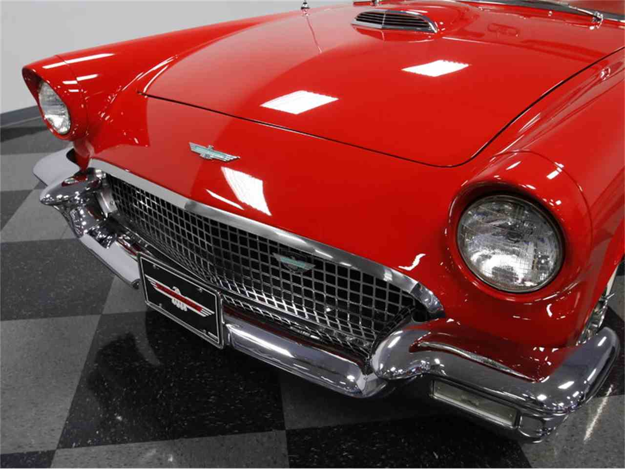 Large Picture of Classic '57 Ford Thunderbird Offered by Streetside Classics - Charlotte - LSNS