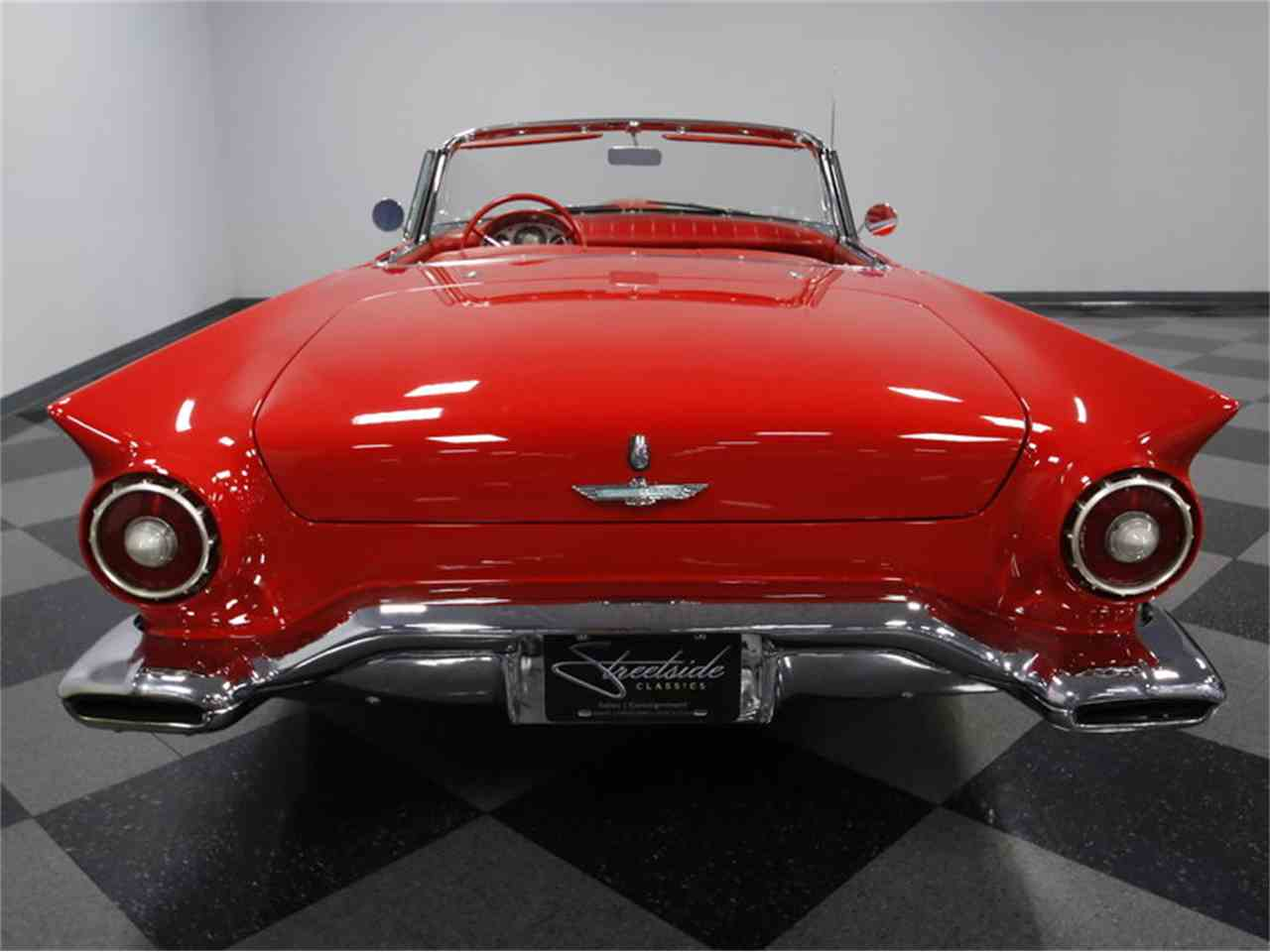 Large Picture of Classic '57 Thunderbird - LSNS