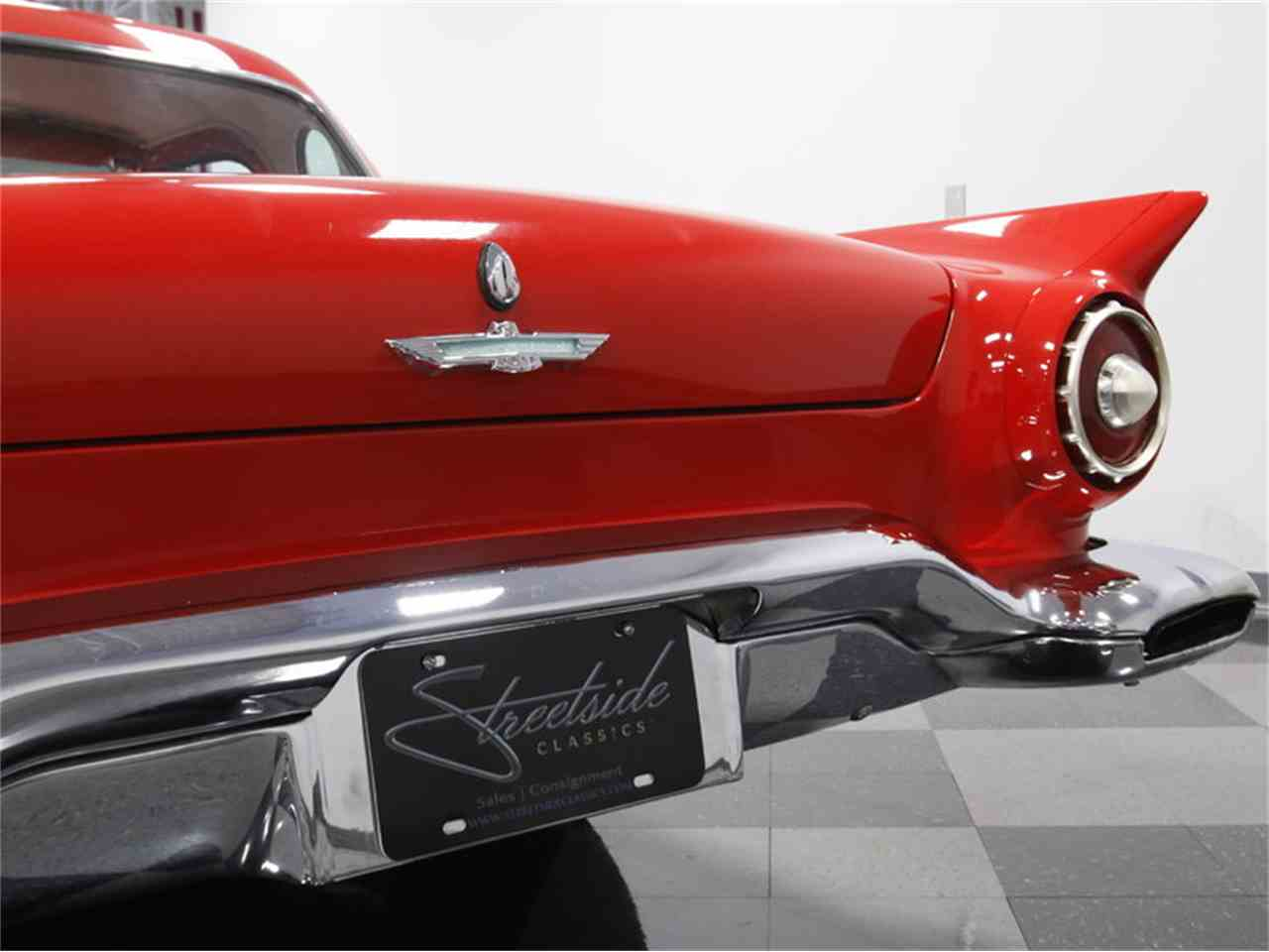 Large Picture of '57 Ford Thunderbird Offered by Streetside Classics - Charlotte - LSNS