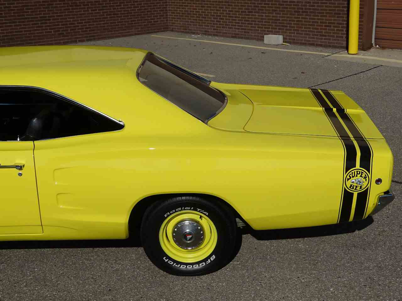 Large Picture of '68 Coronet located in Dearborn Michigan - $28,995.00 Offered by Gateway Classic Cars - Detroit - LSOJ
