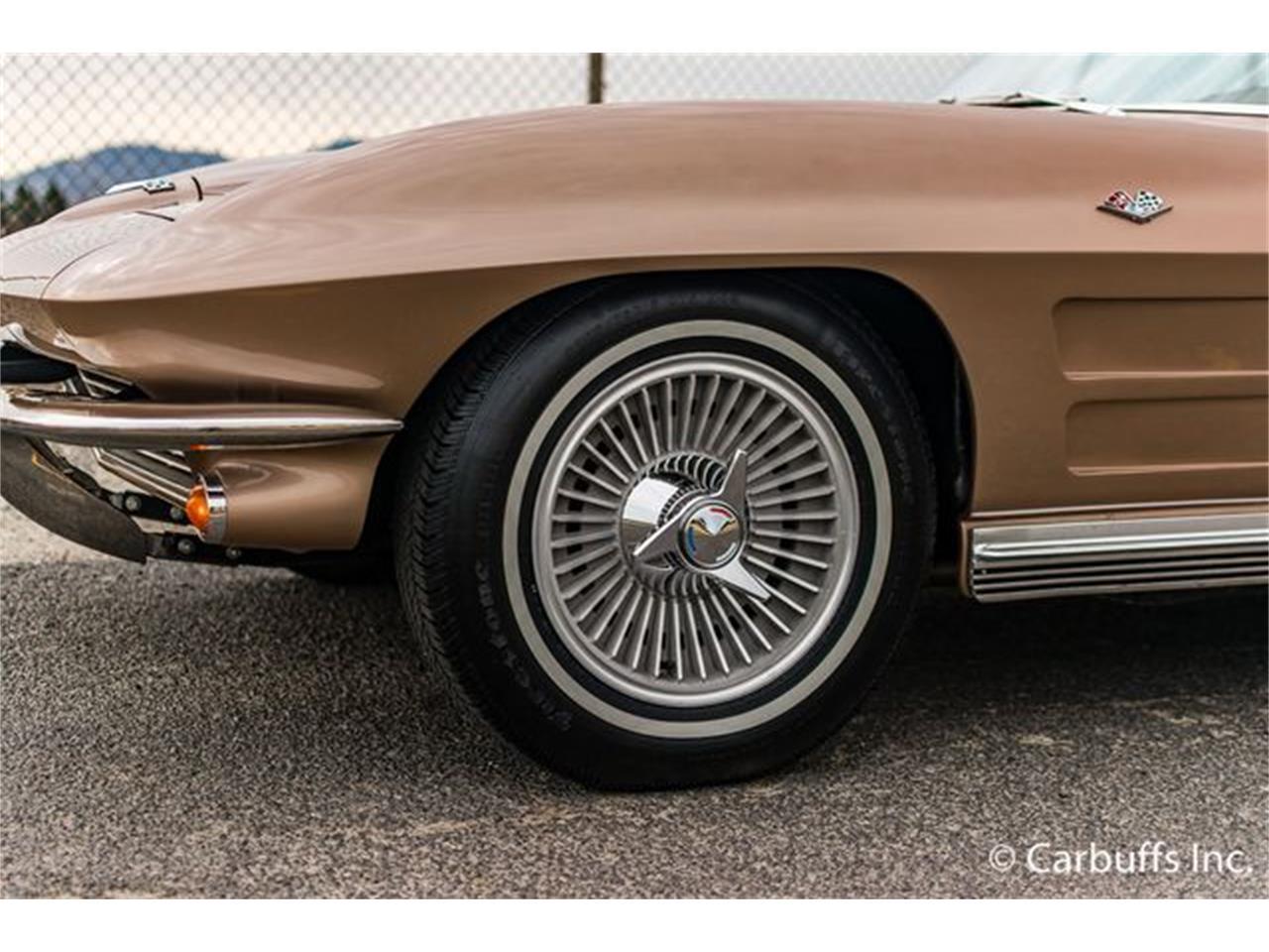 Large Picture of Classic 1964 Corvette - LSQ2