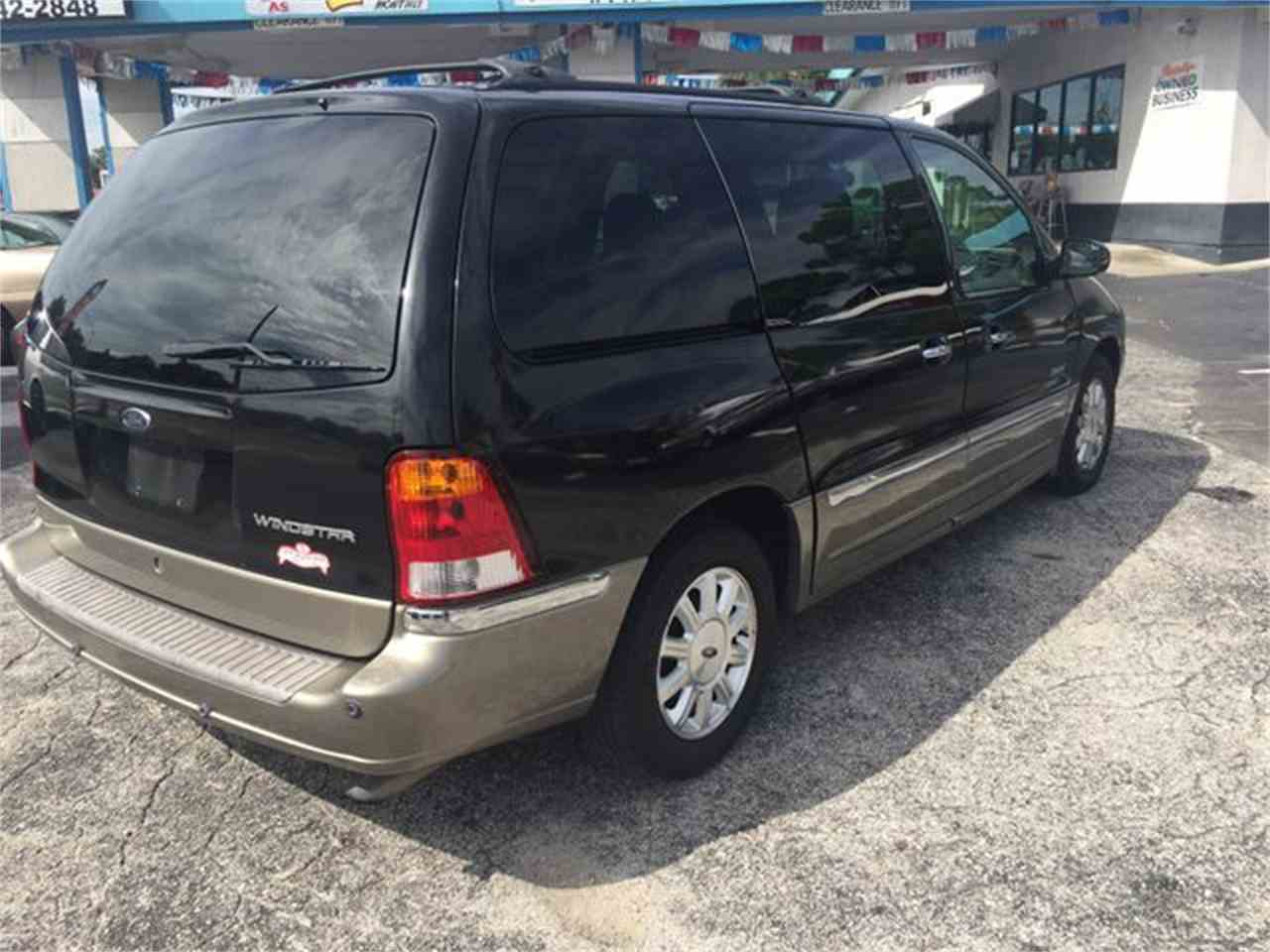 Large Picture of '02 Windstar - LSQB