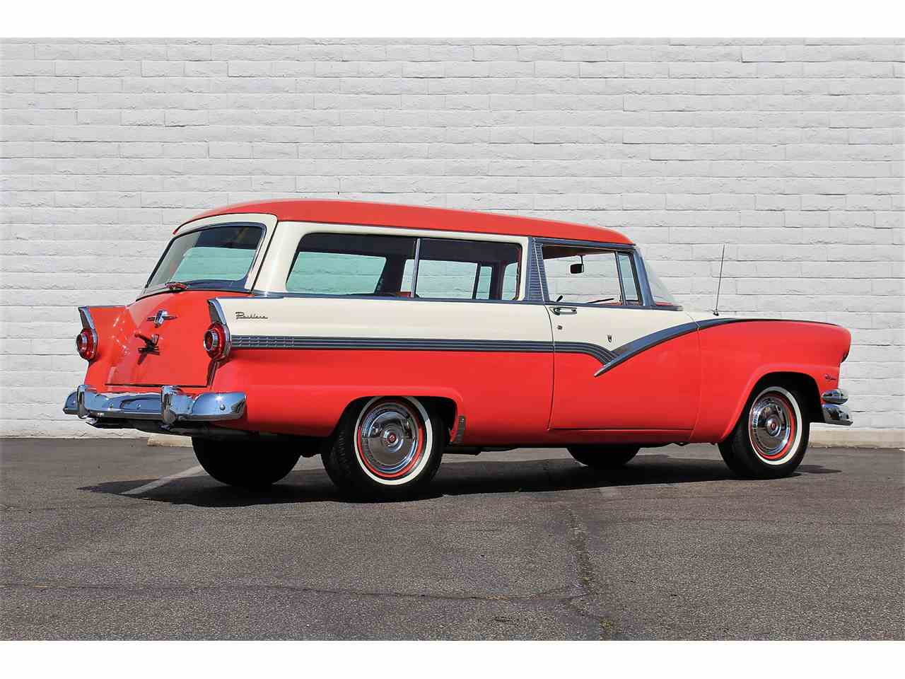Large Picture of '56 Ford Parklane - LSR6