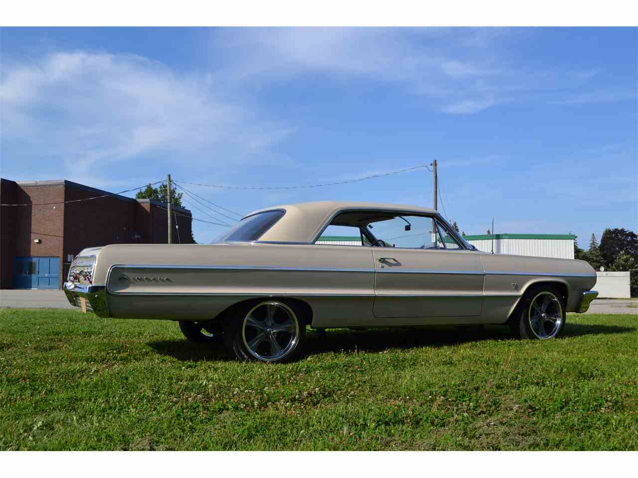 Large Picture of '64 Impala - LSUE