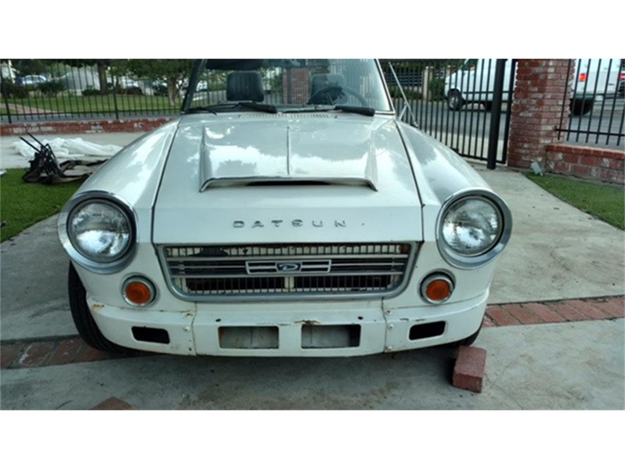 Large Picture of '69 Fairlady - LSUL