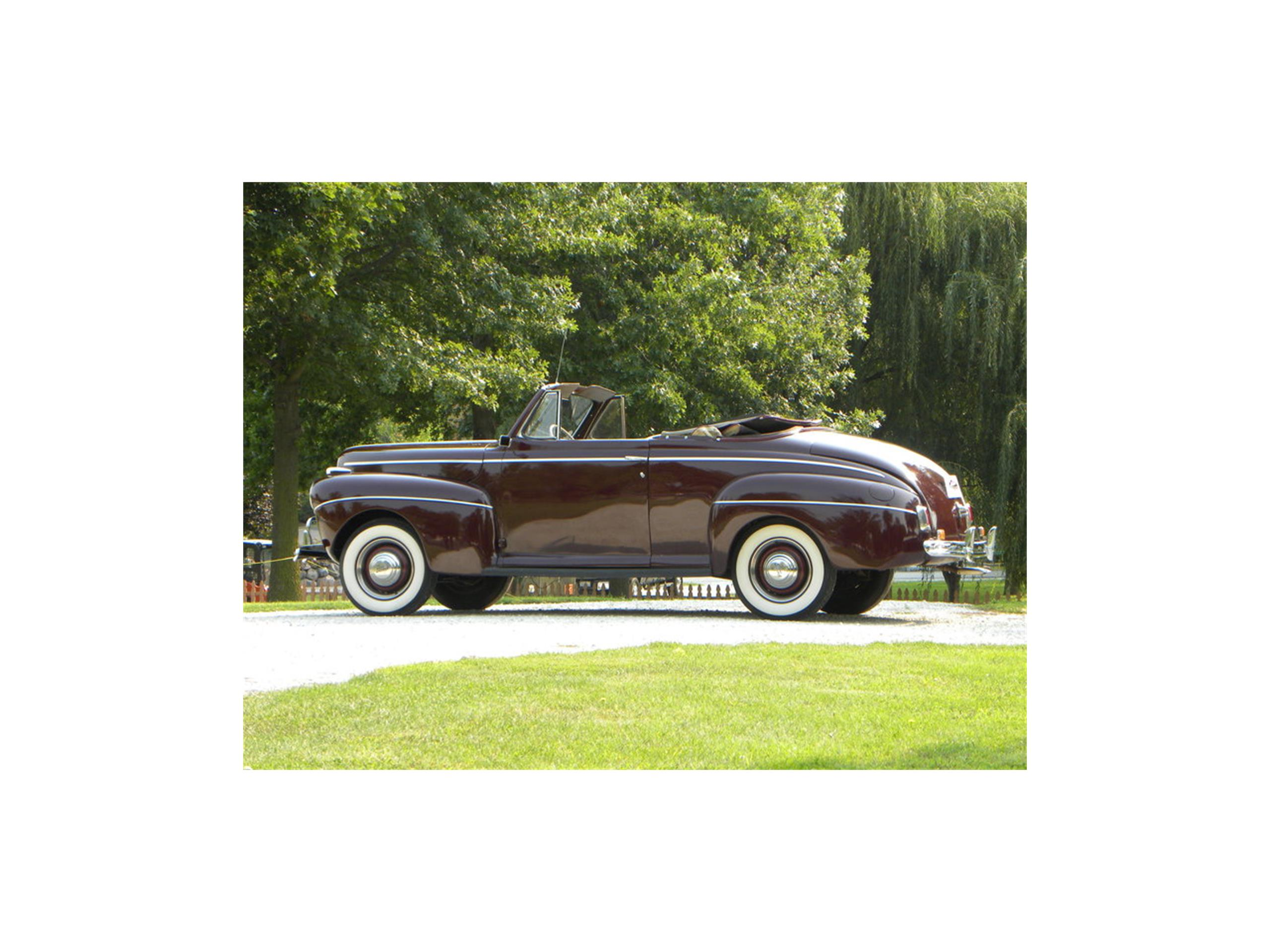 Large Picture of '41 Super Deluxe Convertible Coupe - LSWB