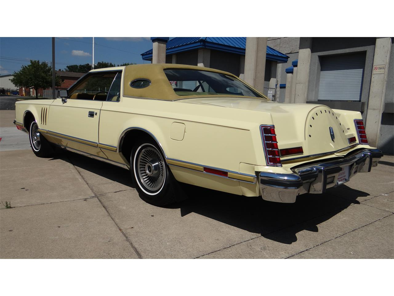 Large Picture of '77 Lincoln Mark V Offered by Klemme Klassic Kars - LNDN