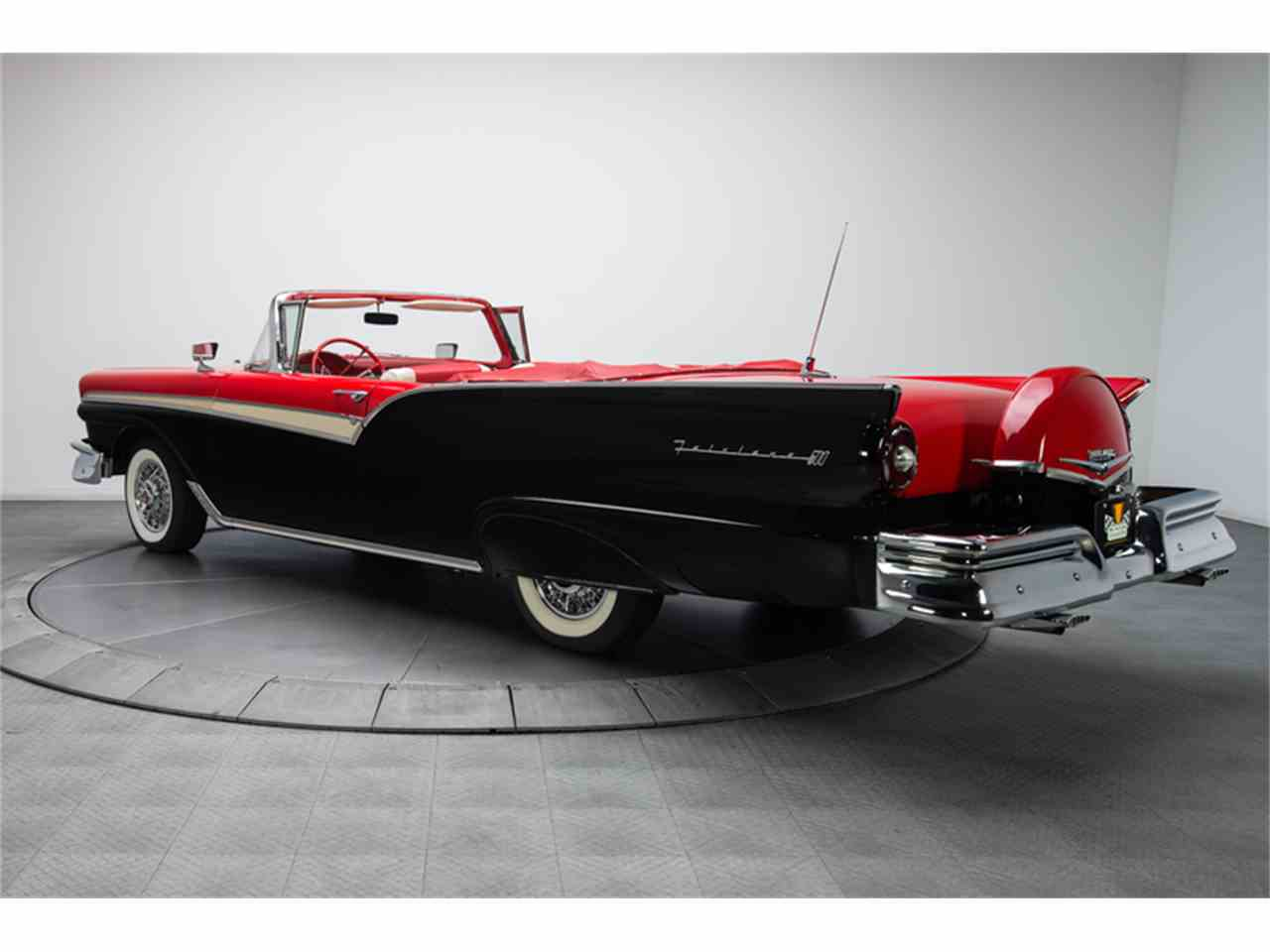 Large Picture of '57 Fairlane 500 Offered by RK Motors Charlotte - LT6X