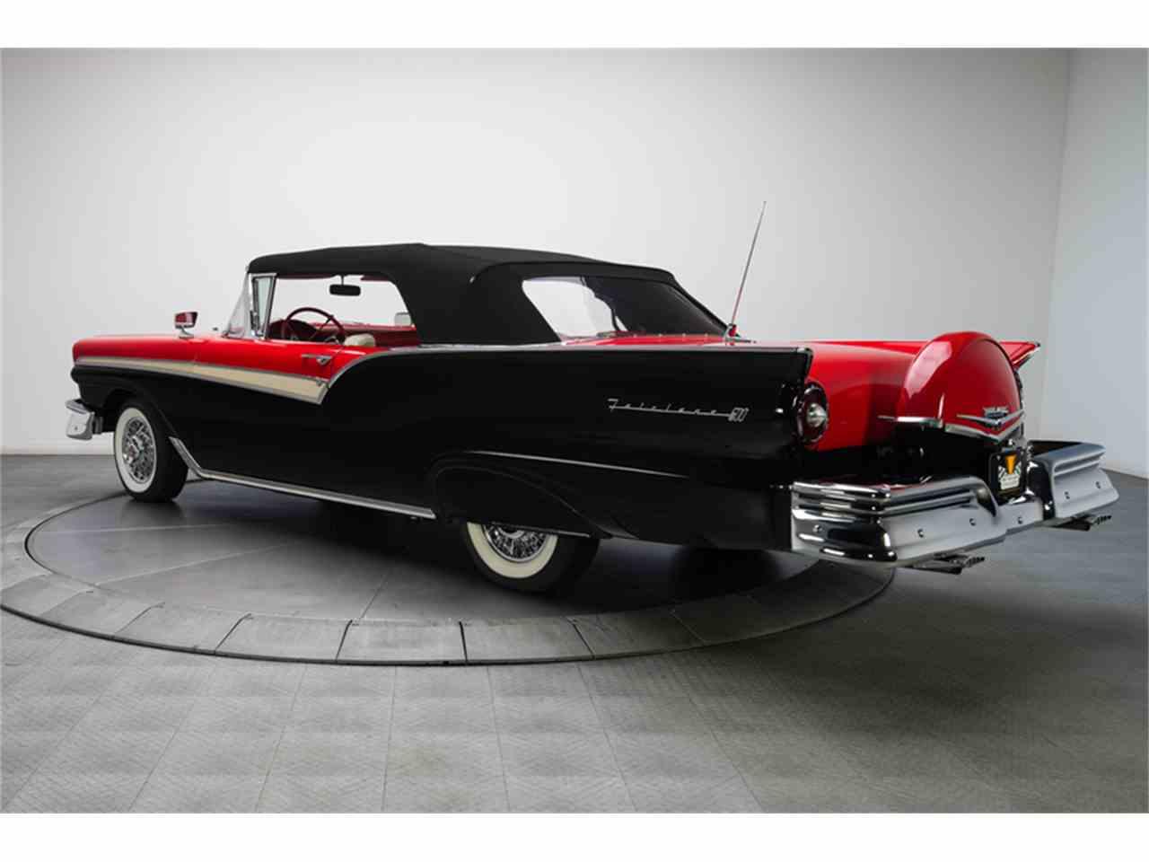 Large Picture of 1957 Fairlane 500 located in North Carolina - LT6X