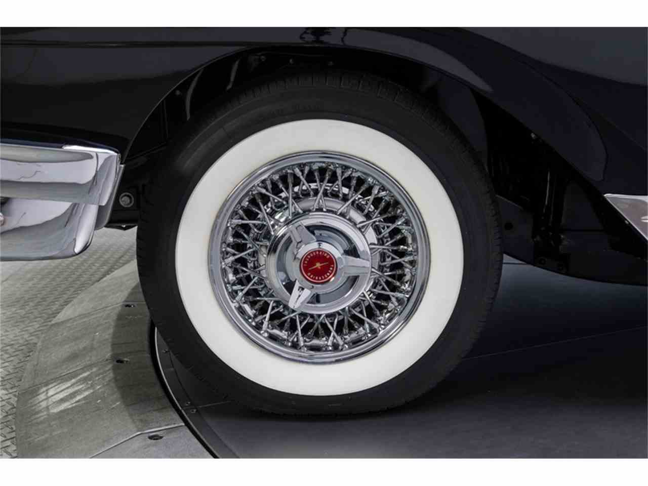 Large Picture of Classic 1957 Ford Fairlane 500 located in Charlotte North Carolina - LT6X