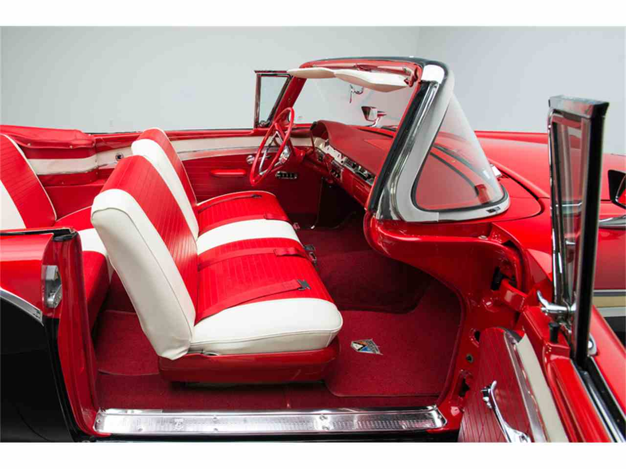 Large Picture of Classic 1957 Ford Fairlane 500 located in Charlotte North Carolina - $94,900.00 - LT6X