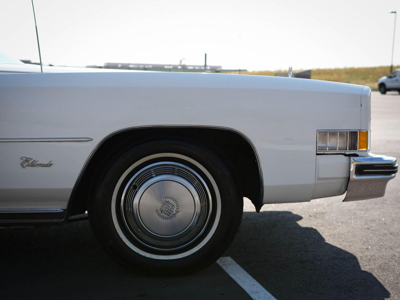 Large Picture of '73 Cadillac Eldorado located in O'Fallon Illinois - LT70