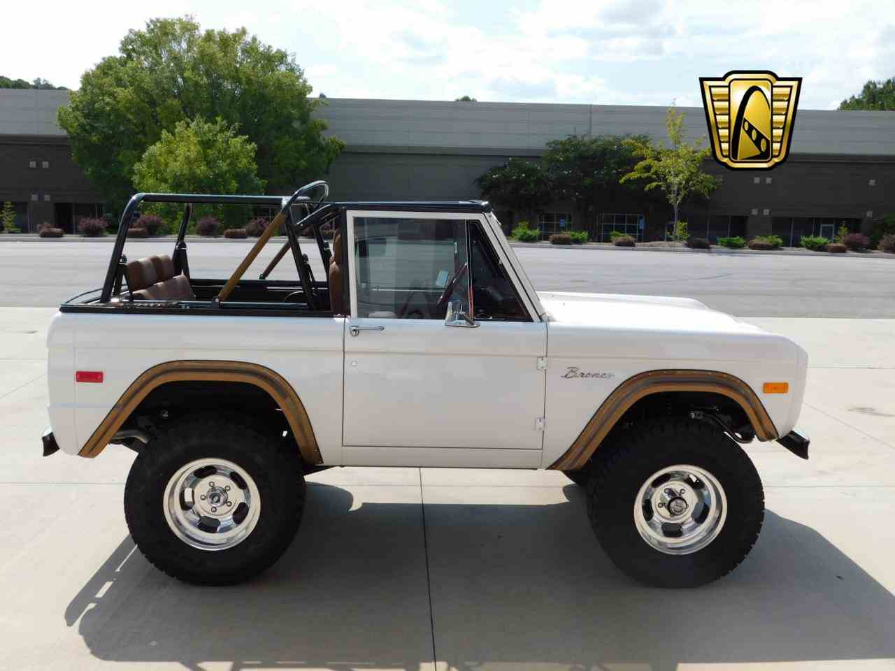 Large Picture of '71 Bronco - LT73