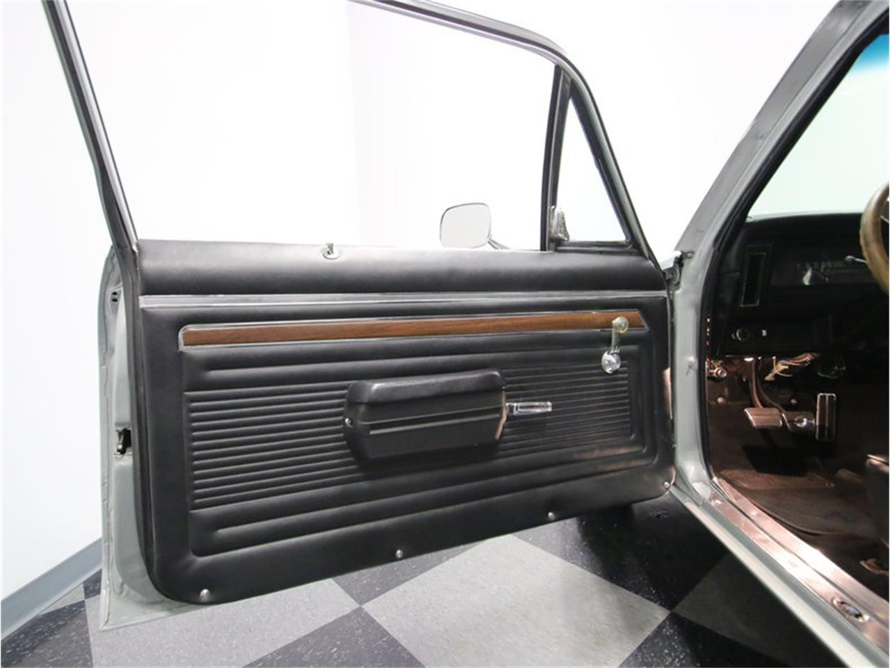 Large Picture of '72 Nova SS - LT7L