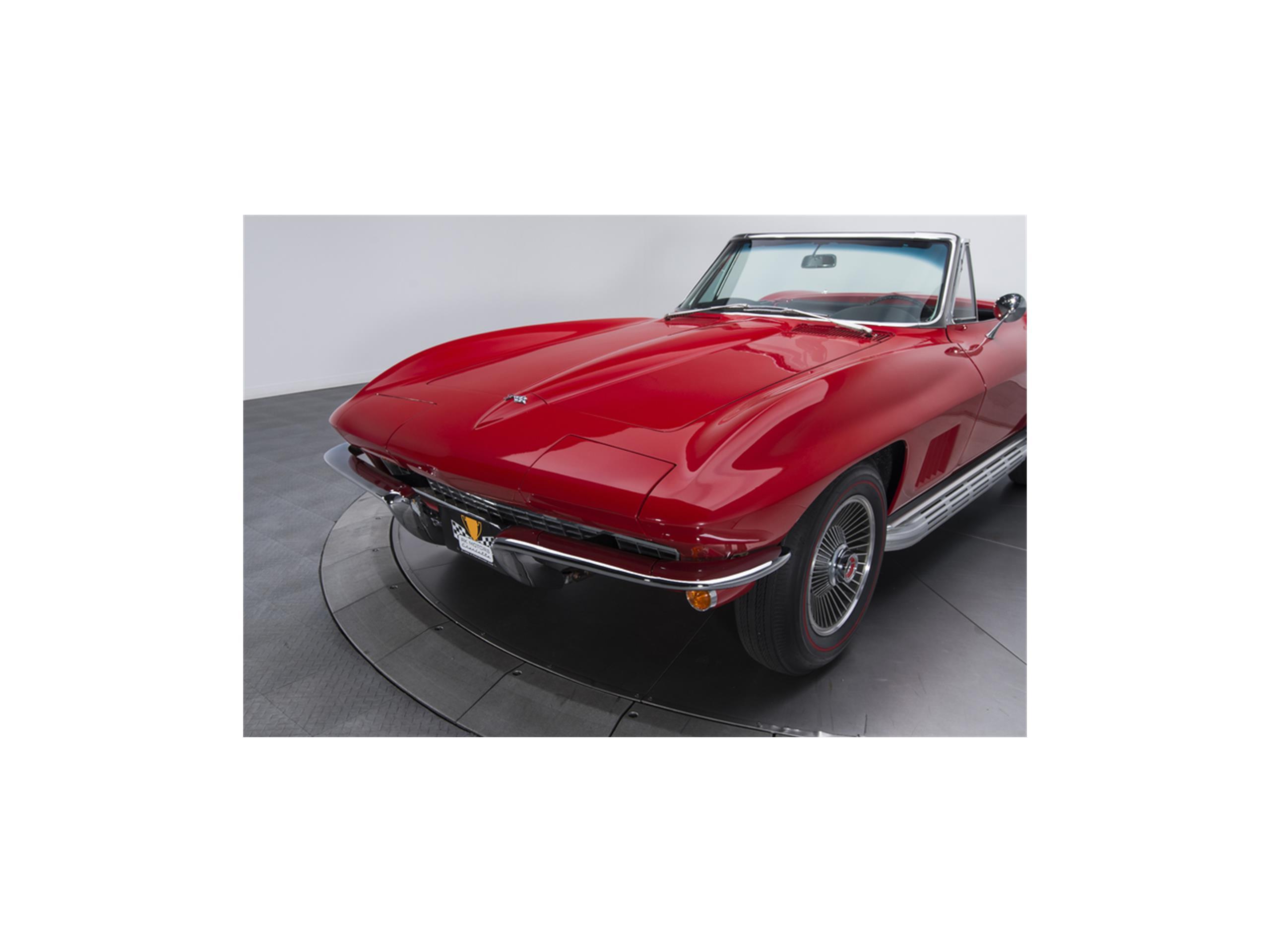 Large Picture of '67 Corvette Stingray - LT82