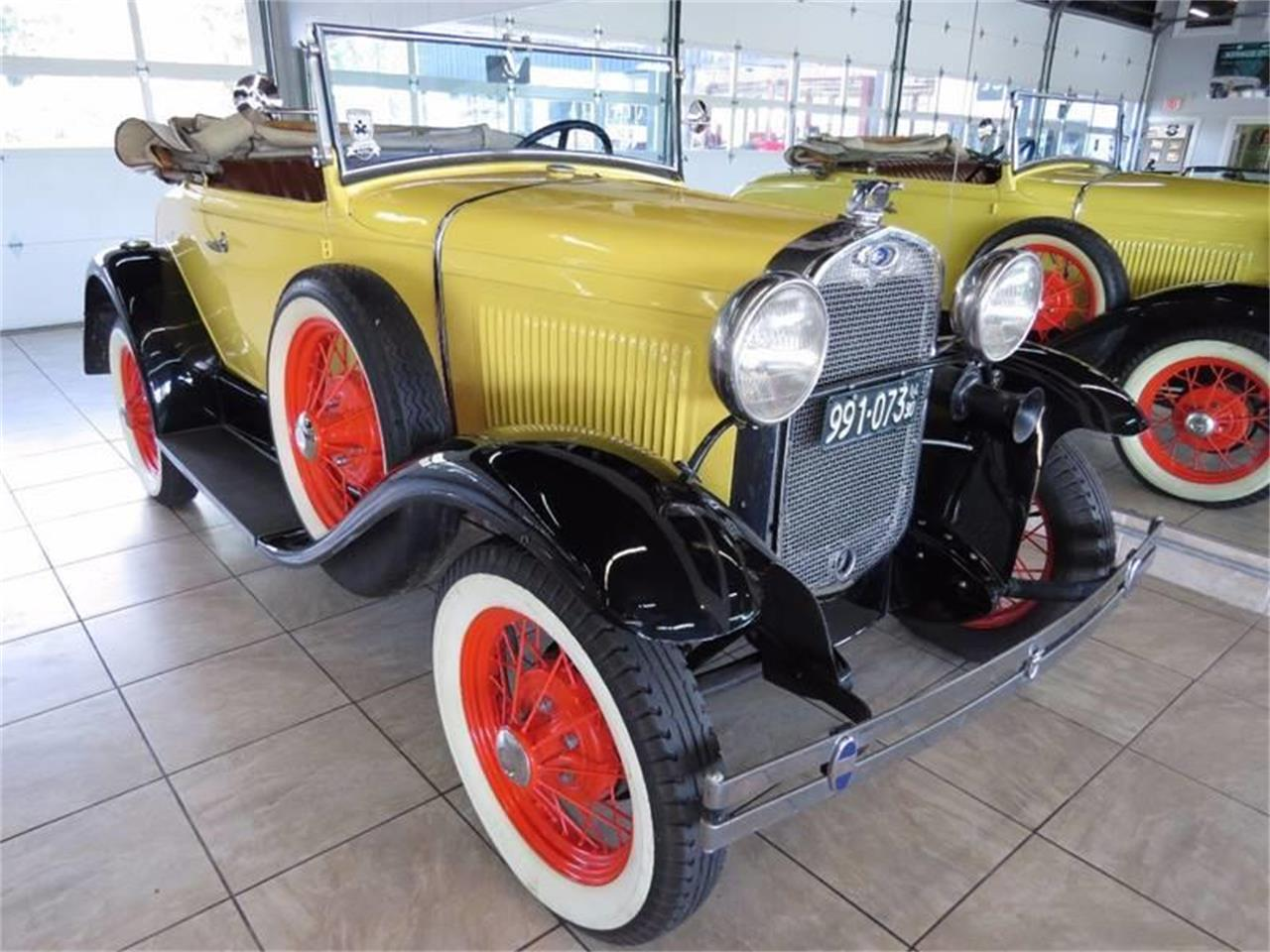 Large Picture of Classic 1930 Model A - LT89