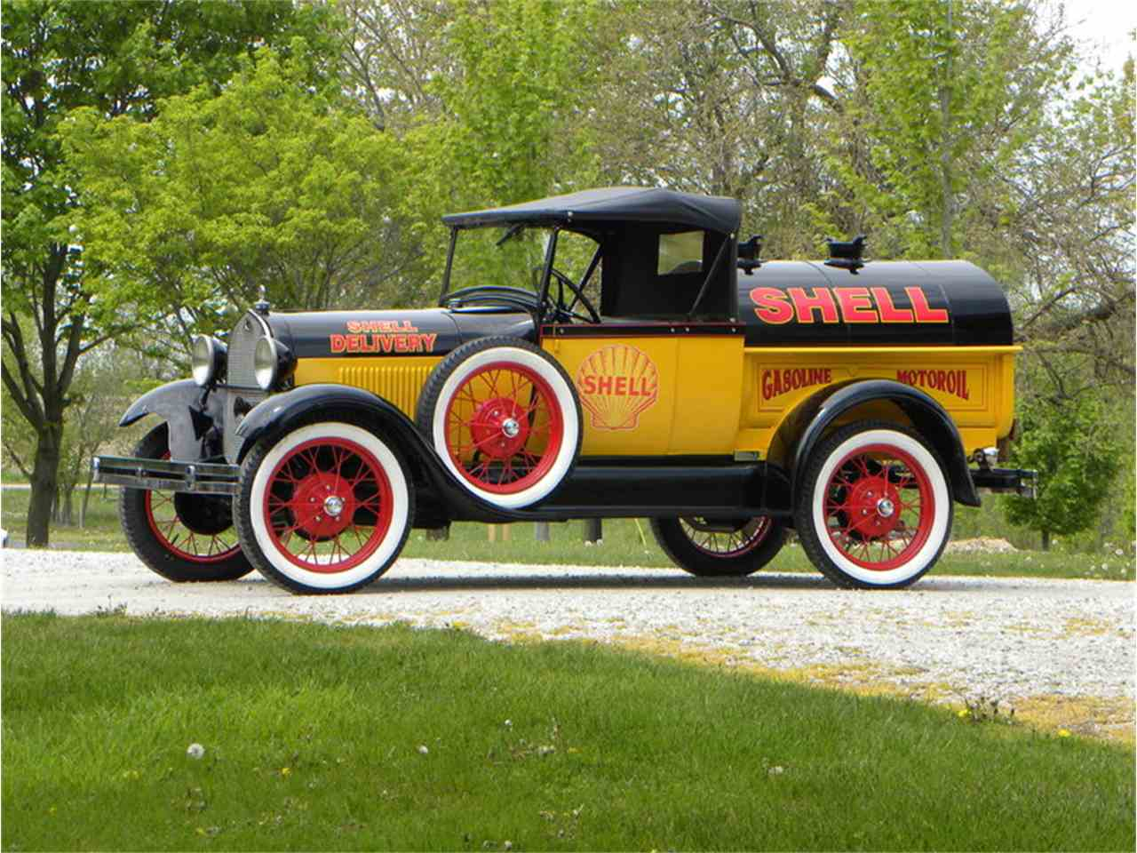 Large Picture of '29 Model A Roadster Pickup Tribute Shell Oil Tanker - LT8A