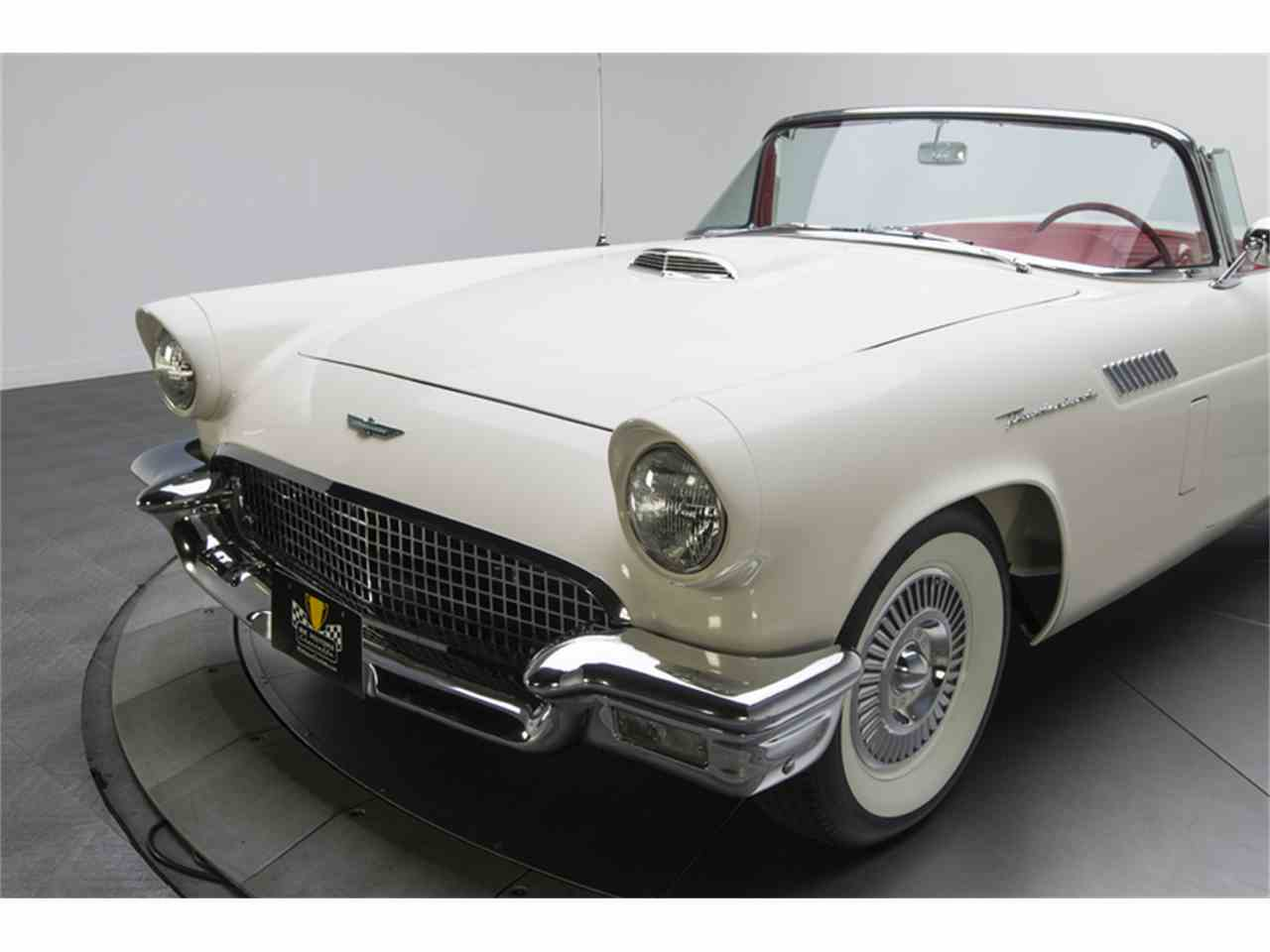 Large Picture of Classic '57 Thunderbird located in Charlotte North Carolina - LT9V