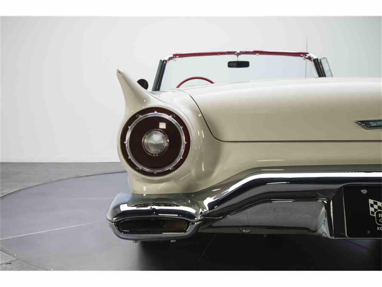 Large Picture of Classic 1957 Thunderbird - LT9V