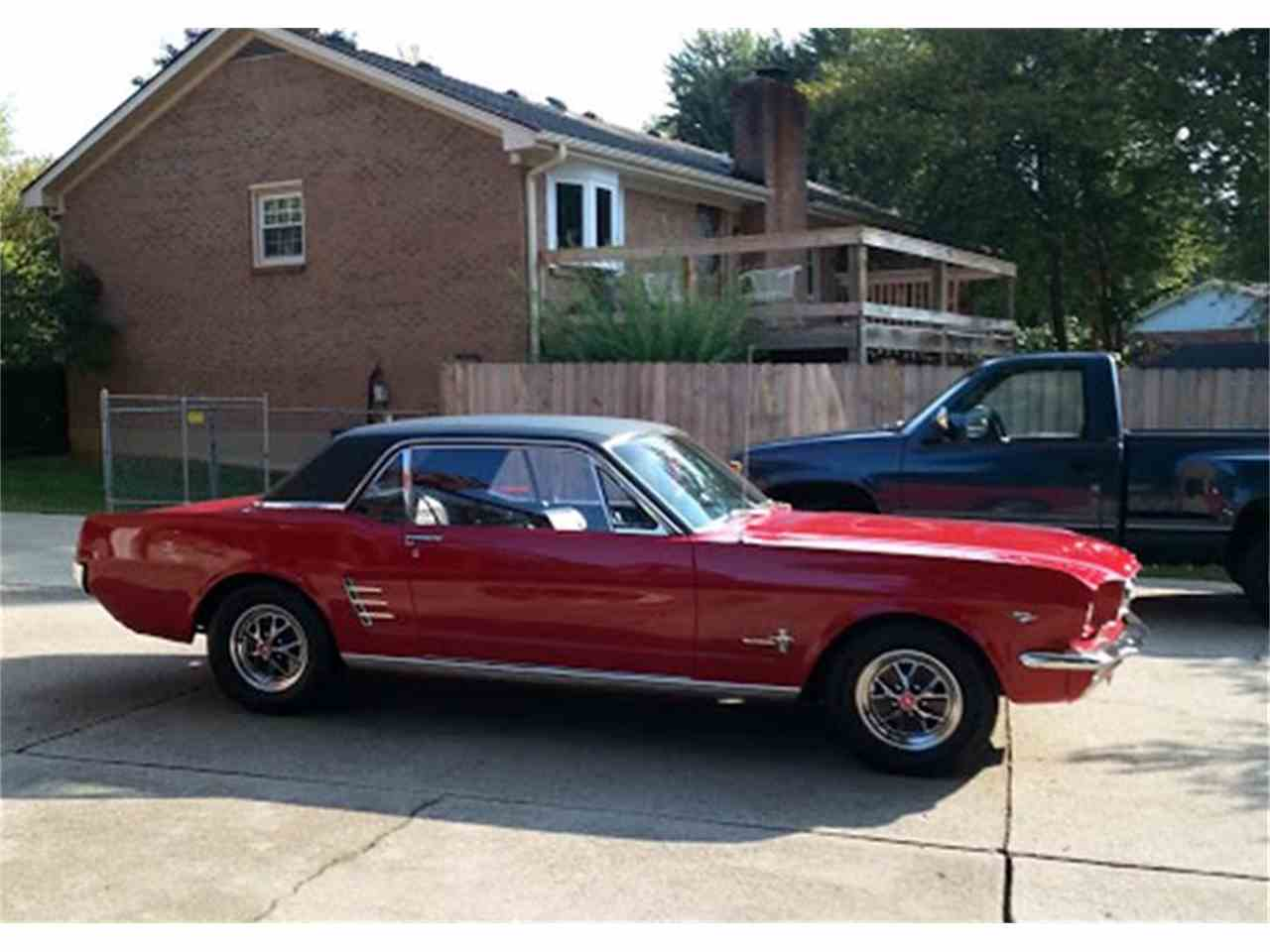 Large Picture of '66 Mustang - LTAQ