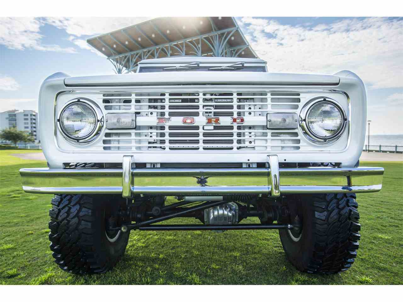 Large Picture of '74 Bronco - LTAX