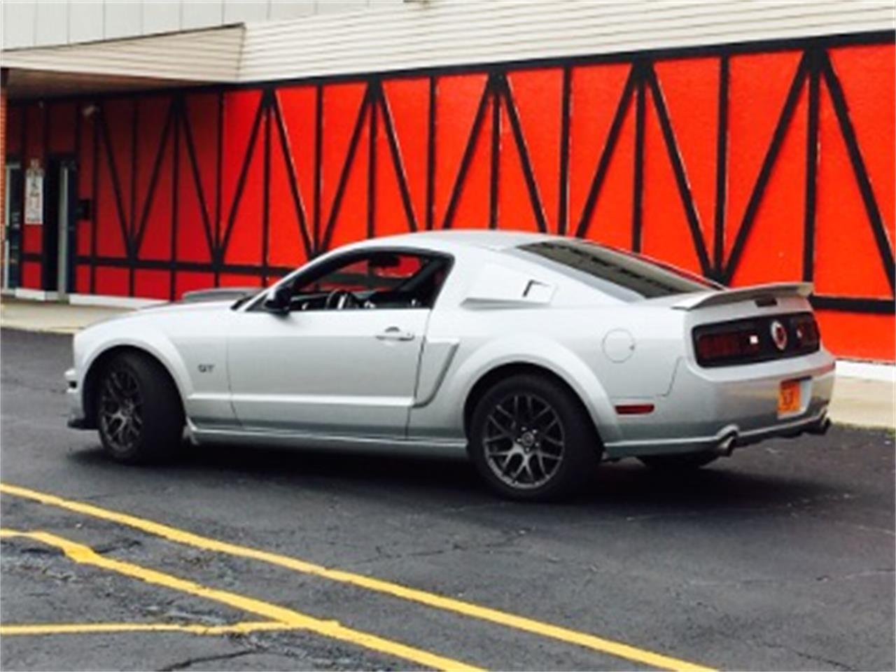Large Picture of '06 Mustang - LTC8