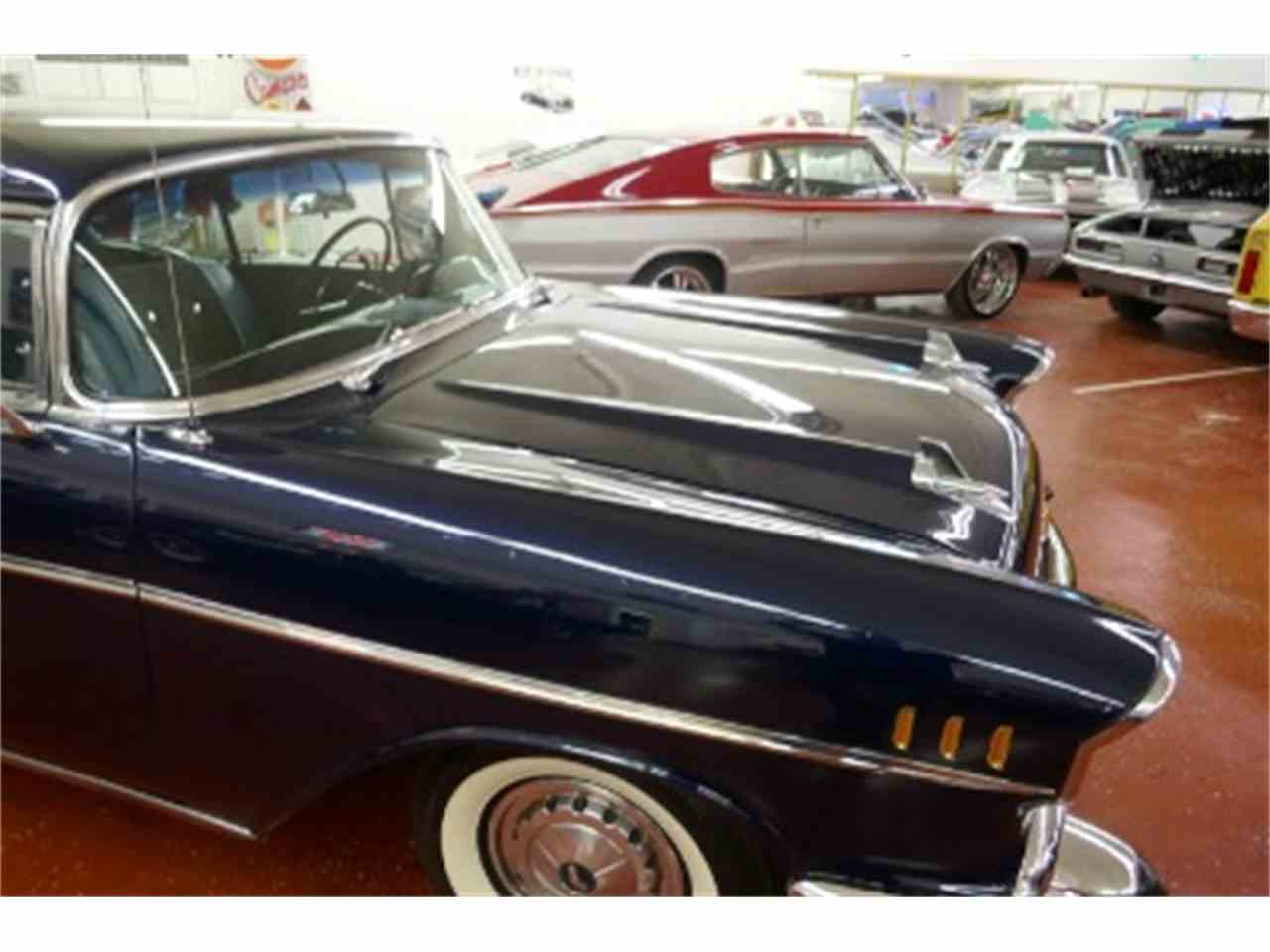 Large Picture of '57 Bel Air - LTH8