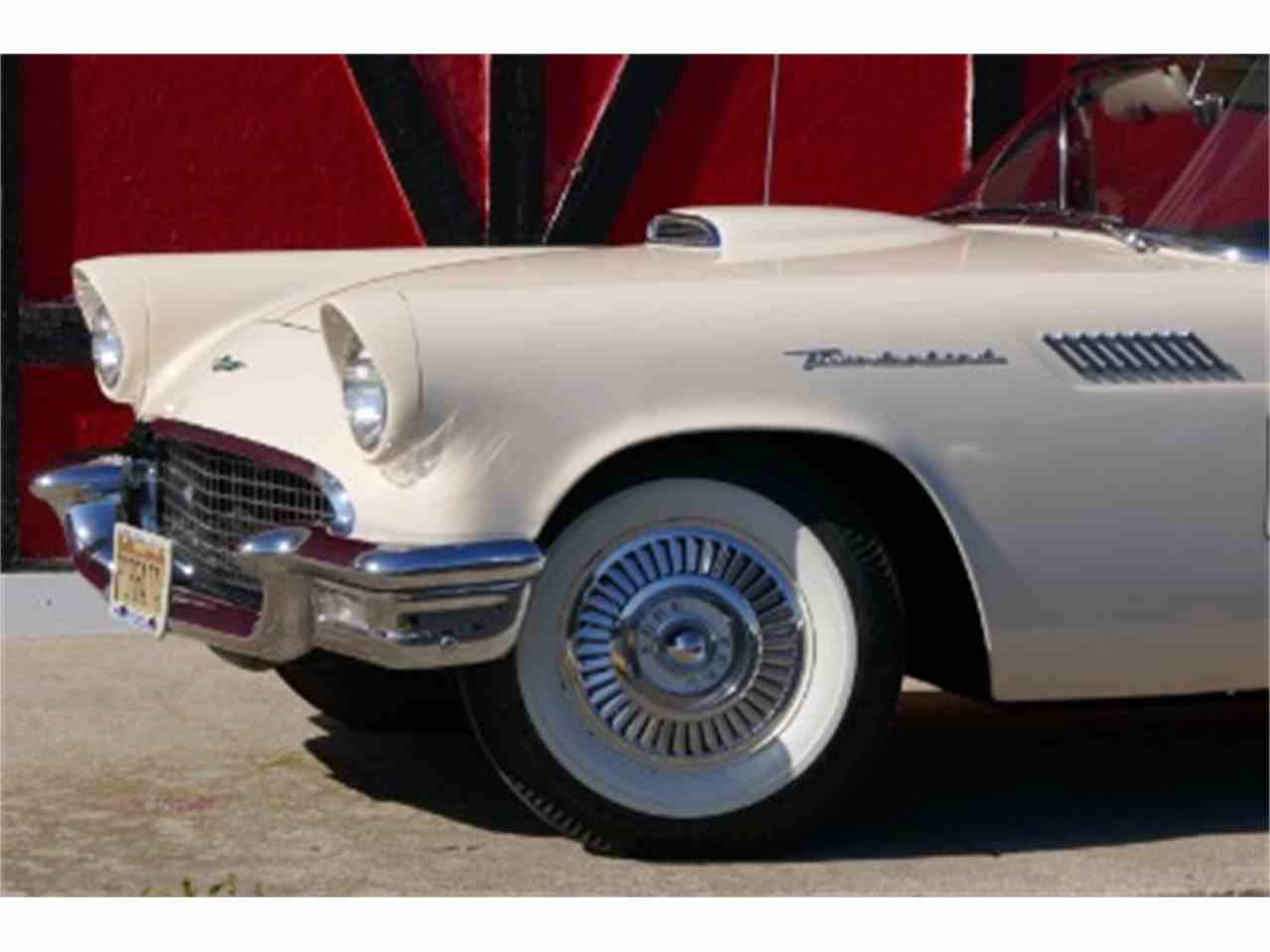 Large Picture of 1957 Ford Thunderbird - LTIB