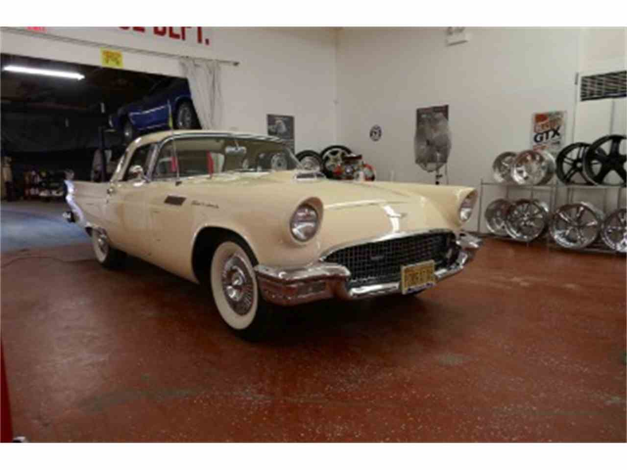 Large Picture of 1957 Ford Thunderbird located in Palatine Illinois - $29,995.00 - LTIB