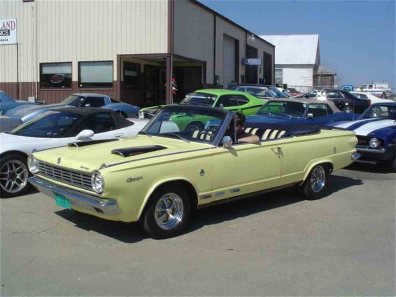 Large Picture of '65 Dart - LNXZ