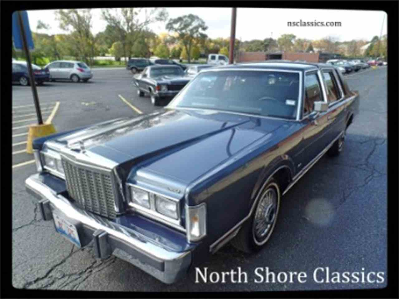 Large Picture of '87 Town Car - $9,995.00 Offered by North Shore Classics - LTML