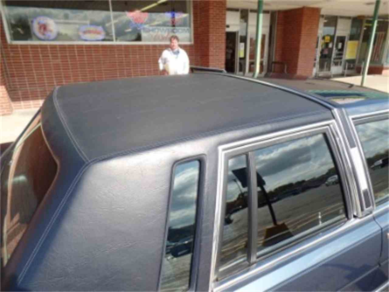 Large Picture of '87 Lincoln Town Car - $9,995.00 Offered by North Shore Classics - LTML