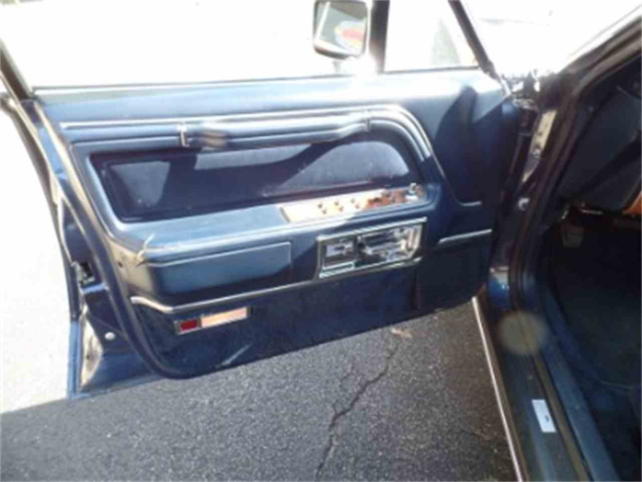 Large Picture of 1987 Town Car - $9,995.00 - LTML