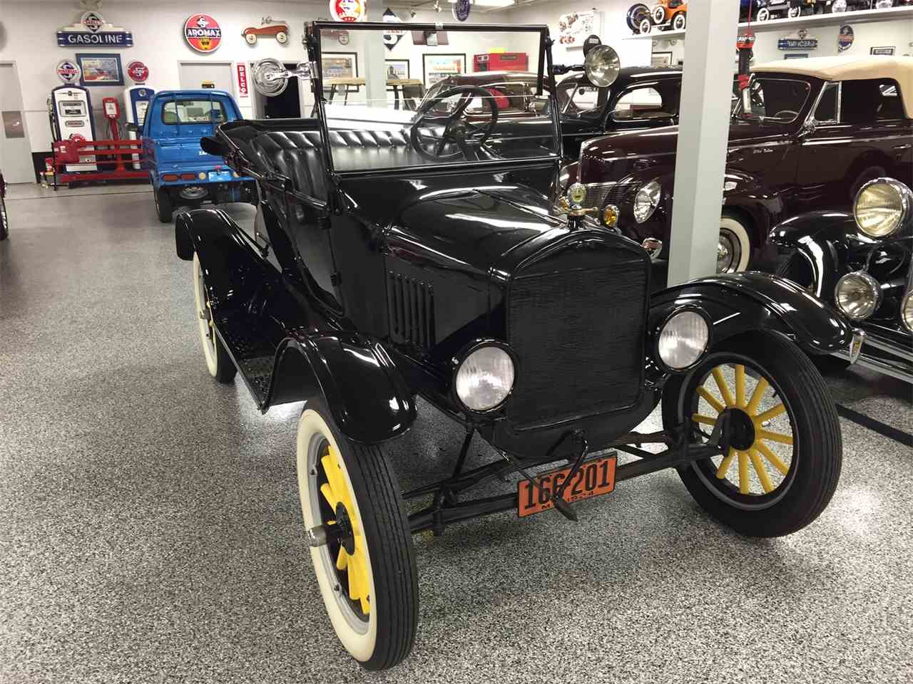 Large Picture of '24 Model T - LTMU