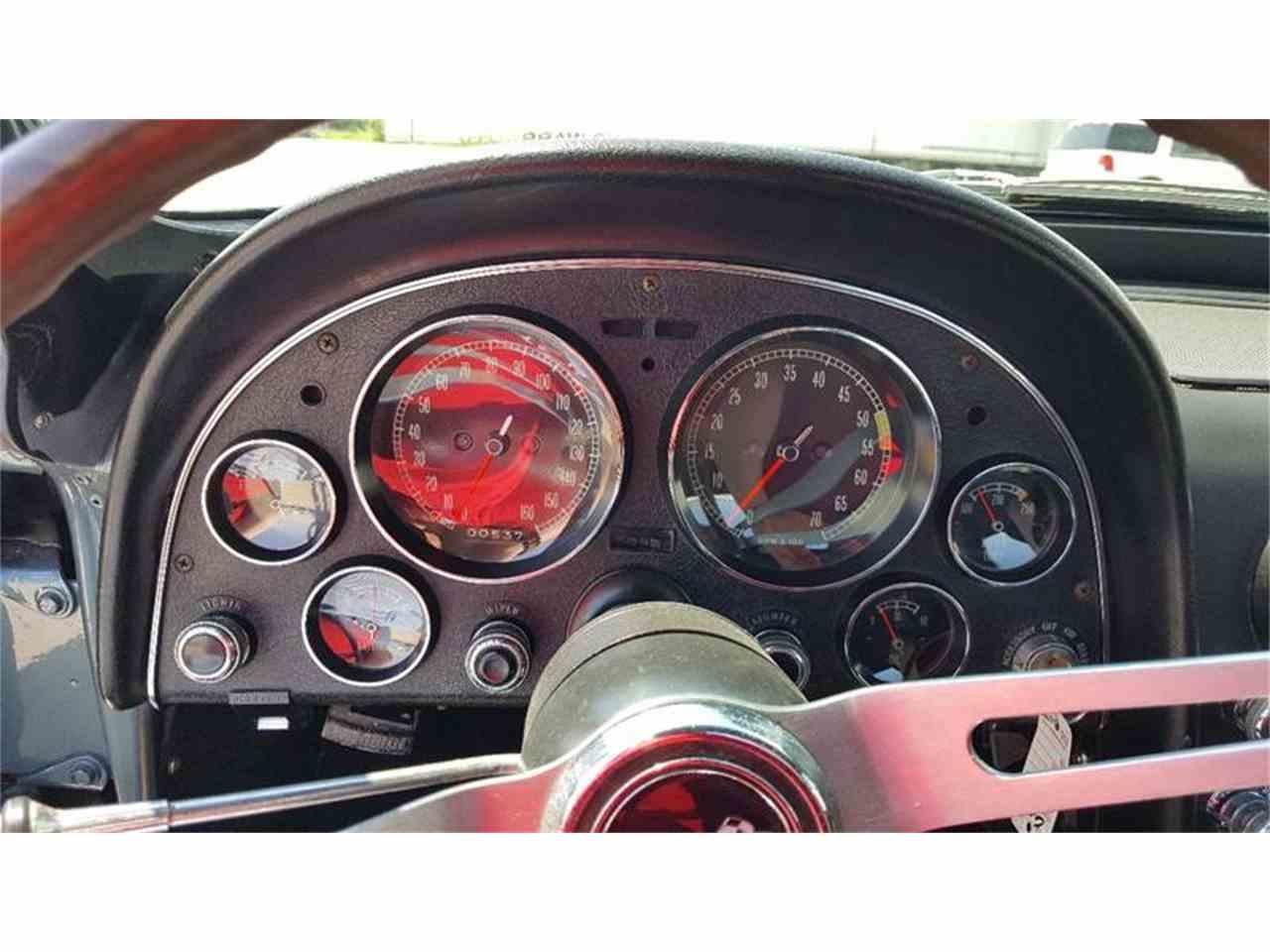 Large Picture of '67 Corvette - LNYG