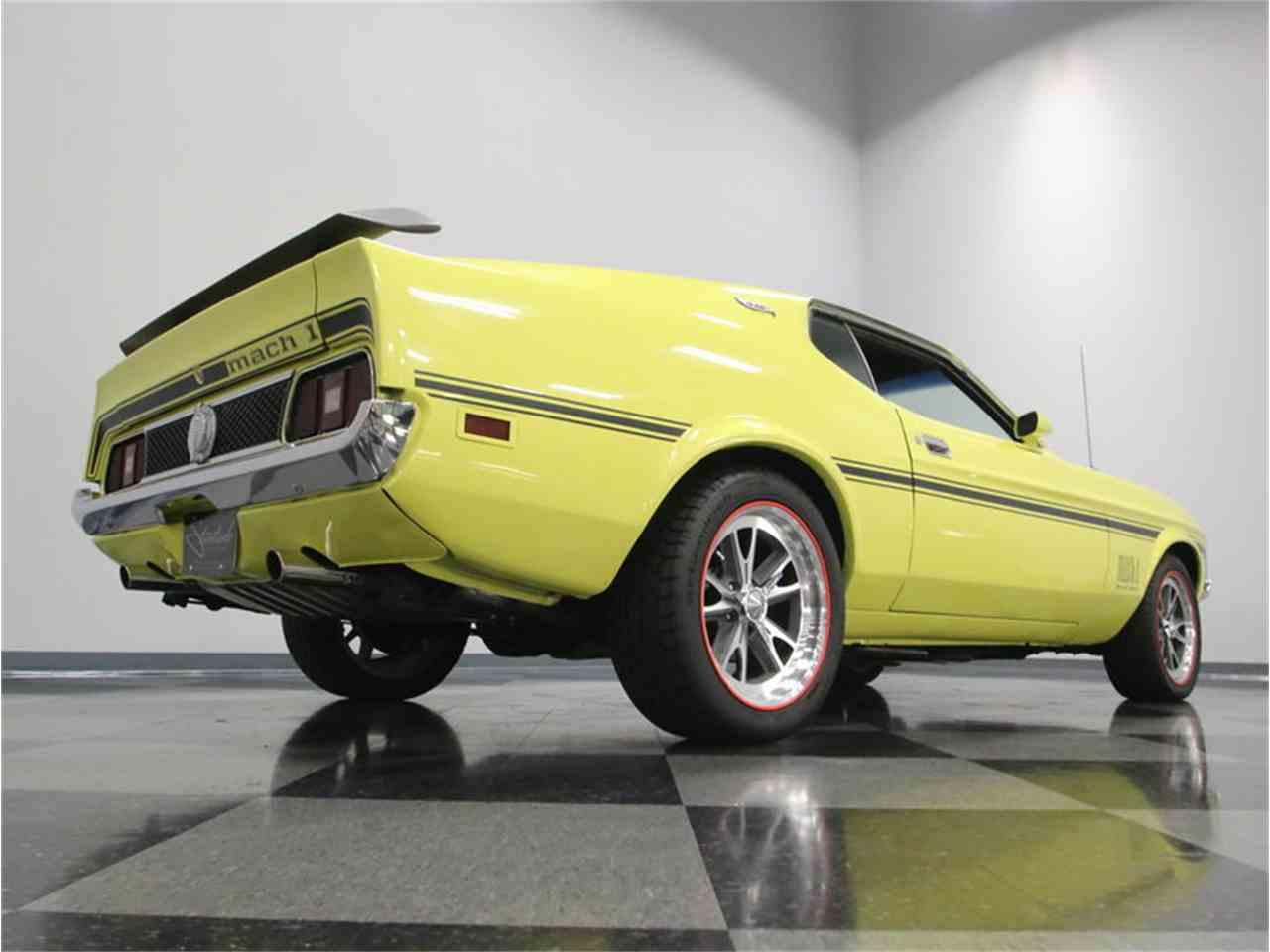 Large Picture of 1973 Mustang Mach 1 - LTOR