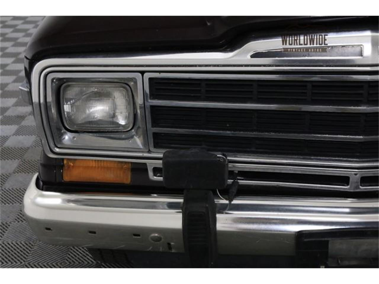 Large Picture of 1990 Wagoneer - LTP2