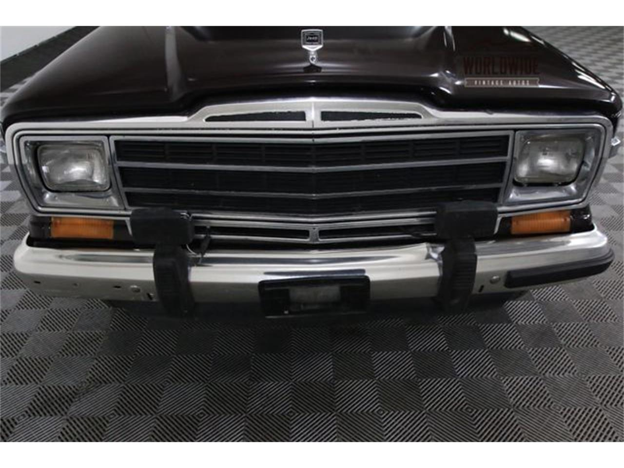 Large Picture of '90 Jeep Wagoneer - $14,900.00 - LTP2