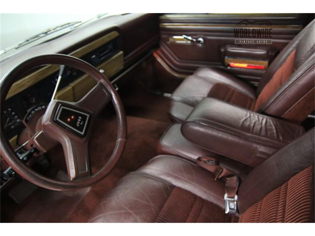 Large Picture of '90 Jeep Wagoneer Offered by Worldwide Vintage Autos - LTP2