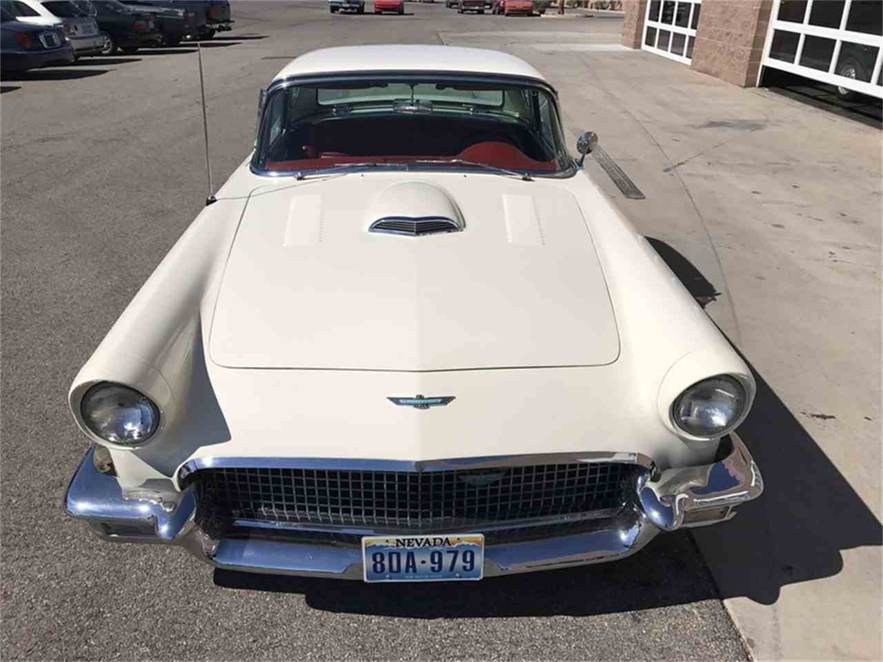 Large Picture of '57 Thunderbird - LTSO